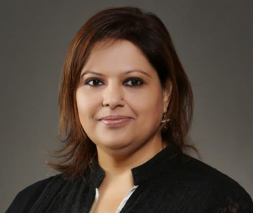 Shweta Talwar - bio page